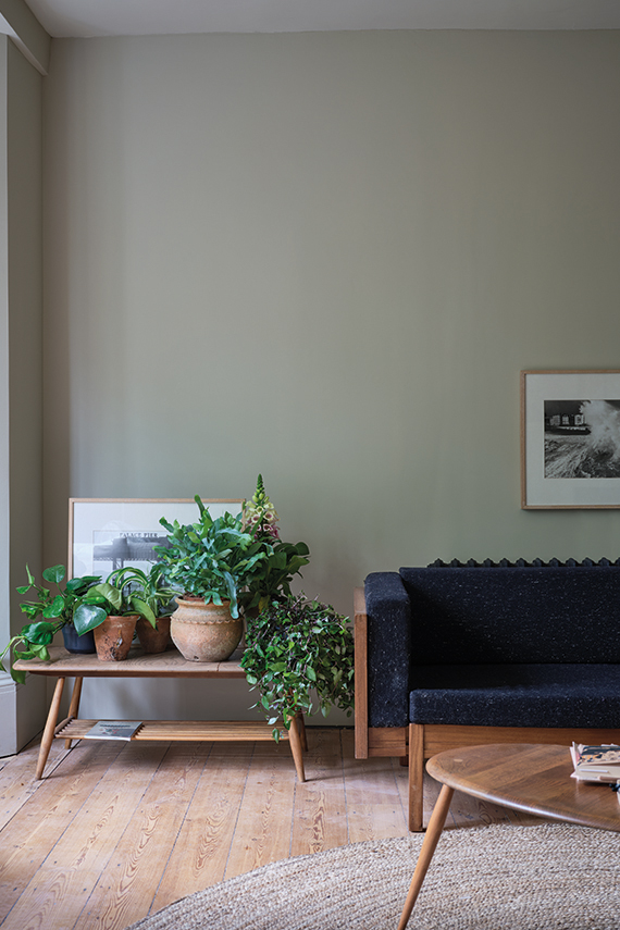 Farrow & Ball Ash Grey No.W9