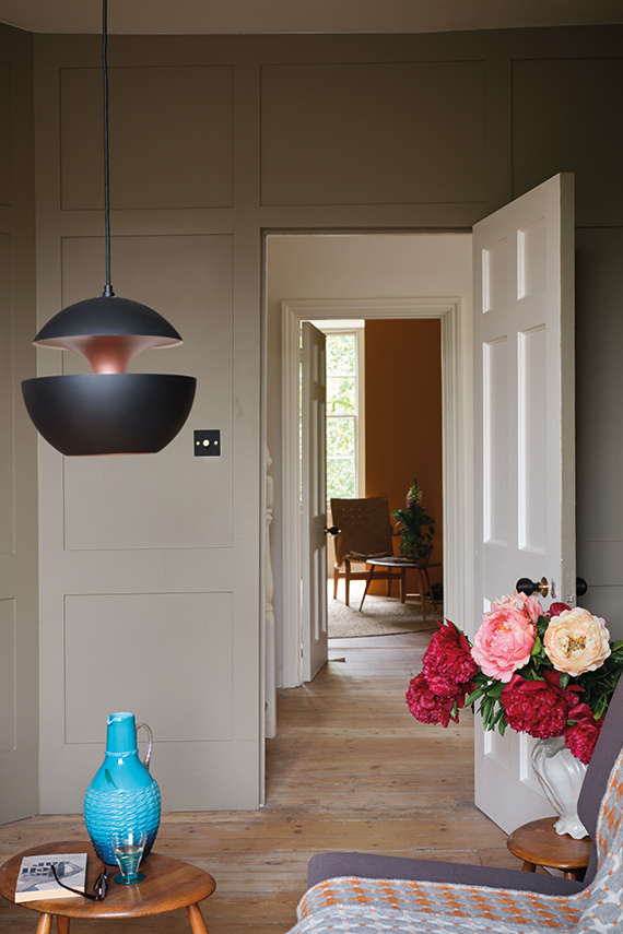 Farrow & Ball Broccoli Brown No.W108