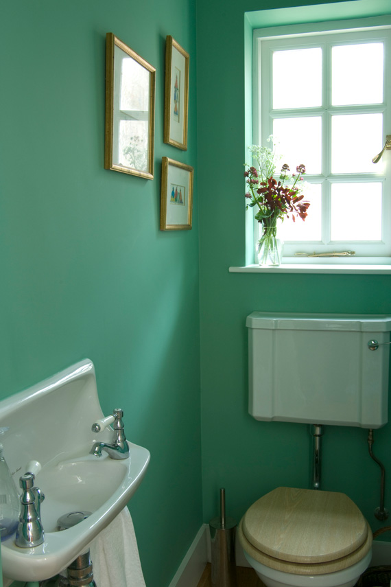Bathroom painted in Farrow & Ball Arsenic.