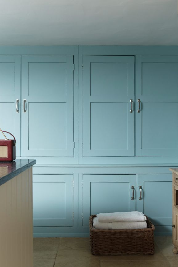 Farrow & Ball Blue Ground No.210
