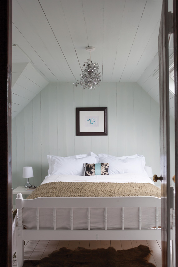 Bedroom painted in Farrow & Ball Cabbage White.